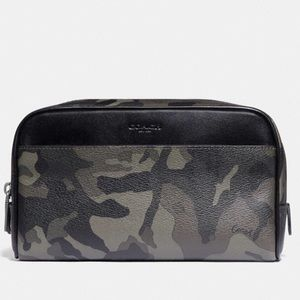 Coach Travel Kit Camouflage